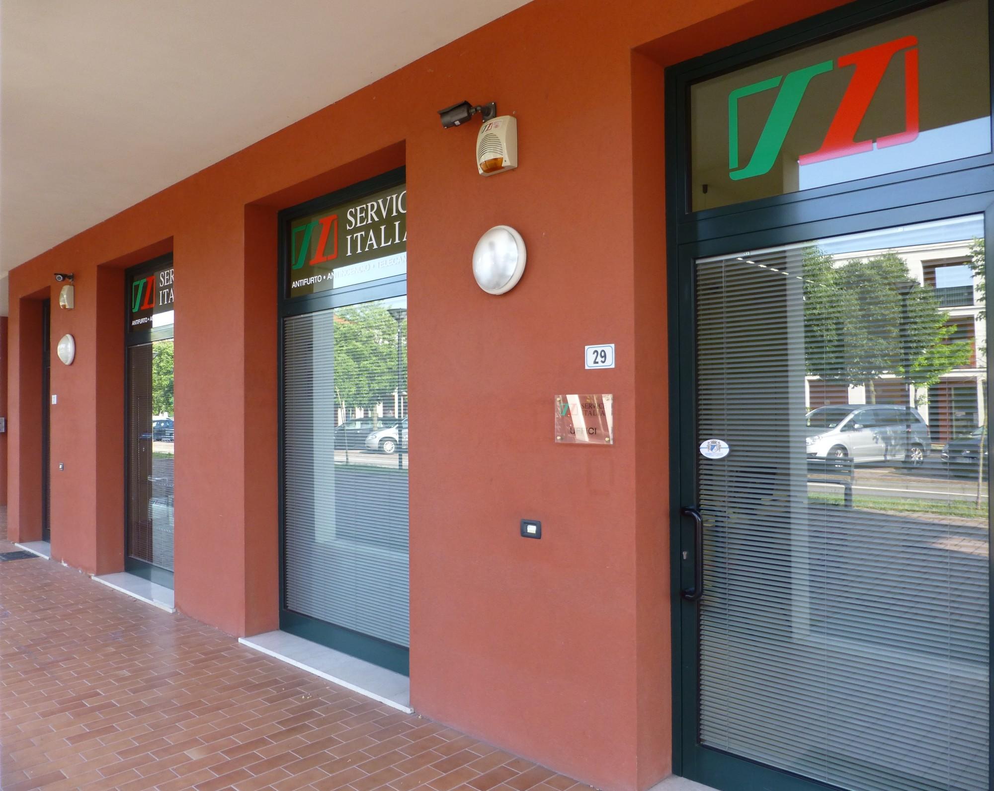 la sede Service Italia di San Zeno Naviglio